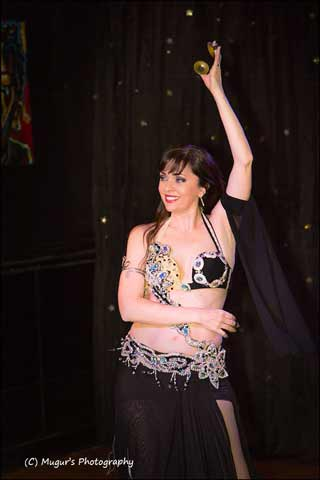 Aisha-Bellydance-Kansas-City-dancer-hire