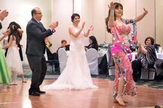 Aisha-Bellydancer-dance-party-wedding