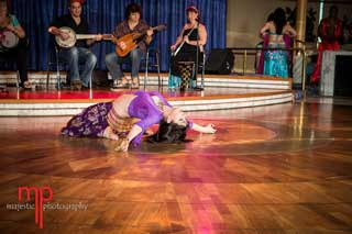 Bellydance-Kansas-City-dancer-event-hire-cruise